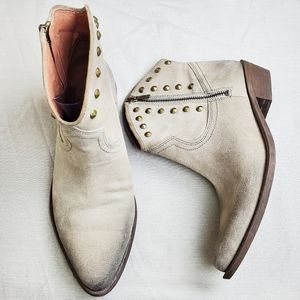 LUCKY BRAND Cicily Taupe Studded Western Booties
